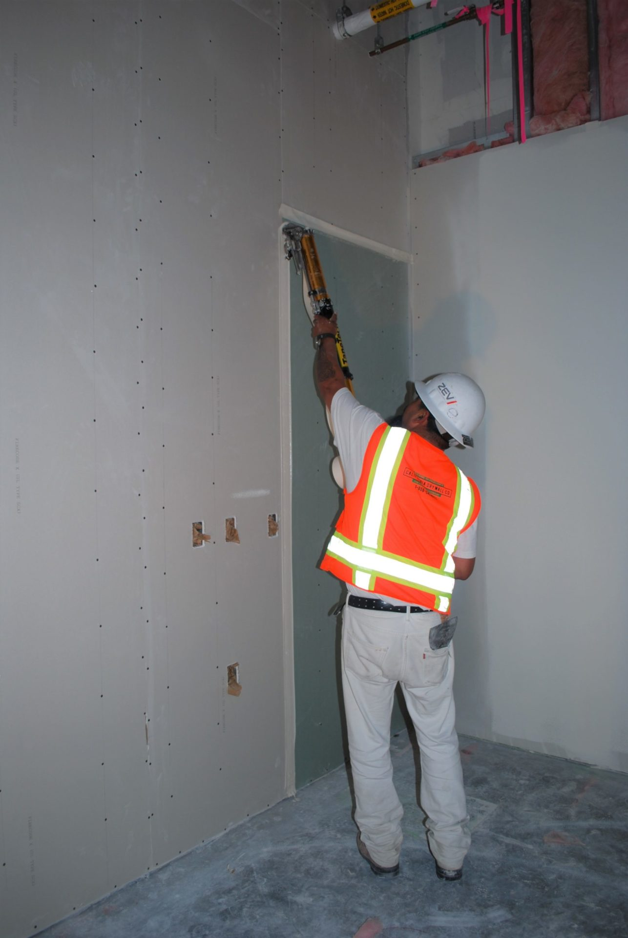Image from the Gallery: Drywall Finishers 2017